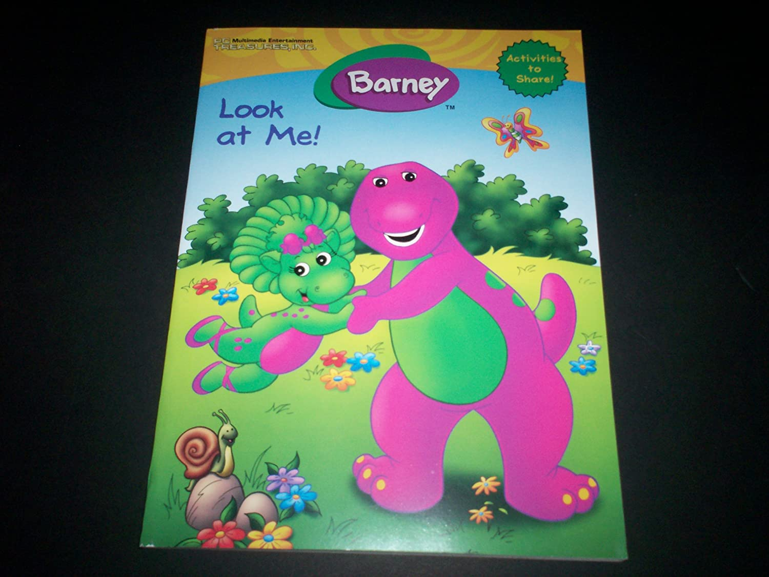 amazon com barney look at me coloring and activity book toys