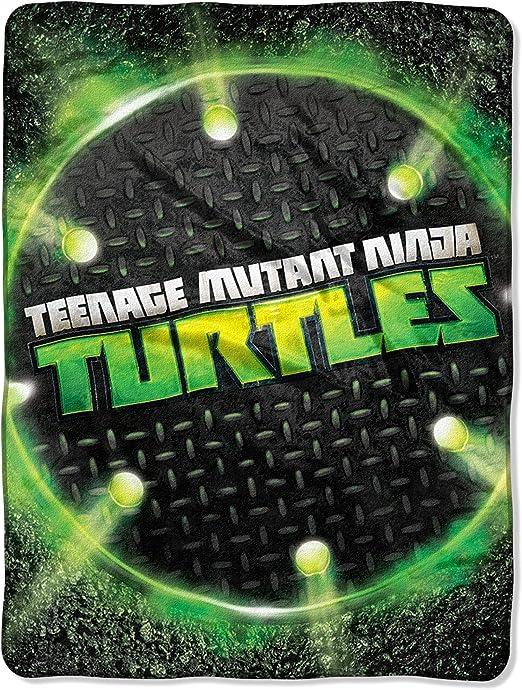 Nickelodeon Teenage Mutant Ninja Turtles Super Plush Fleece Throw - 46