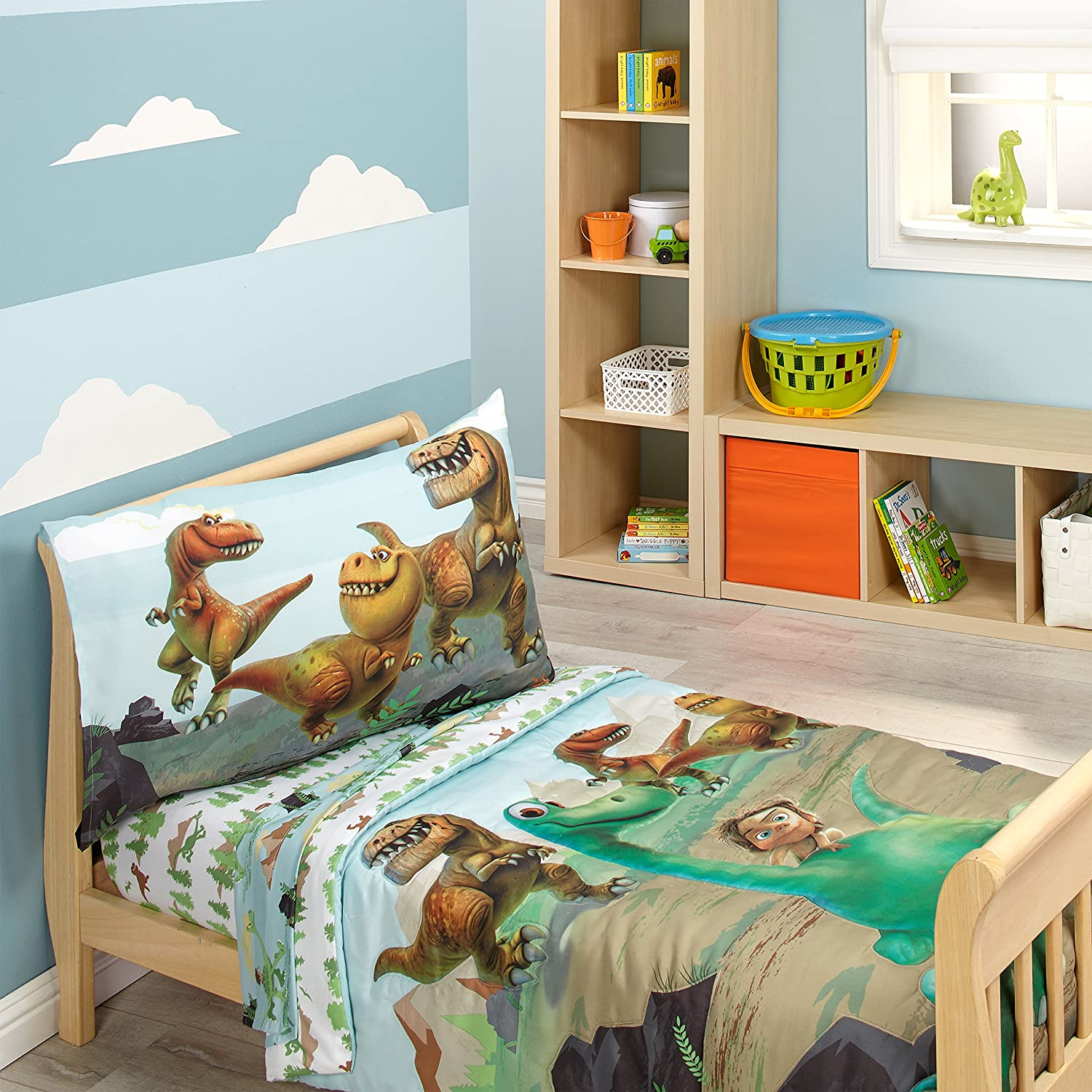 Amazon Disney Prehistoric Footprints 4 Piece Toddler Bed Set The Good Dinosaur Baby