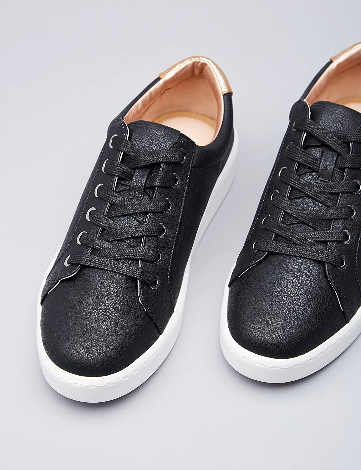 Amazon Marke: find. Sneaker Damen mit Retro Design und Metallic Ferse