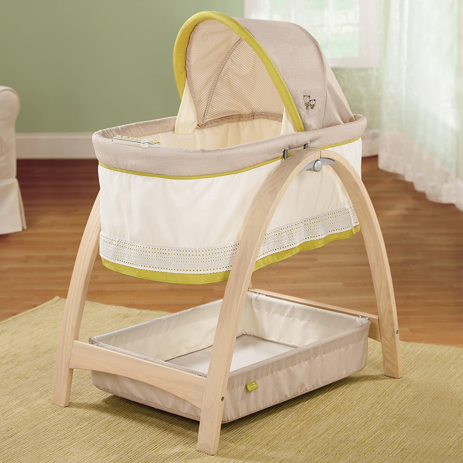 Amazon.com: Summer Infant Bentwood Bassinet With Motion, Baby Time  (Discontinued By Manufacturer): Baby