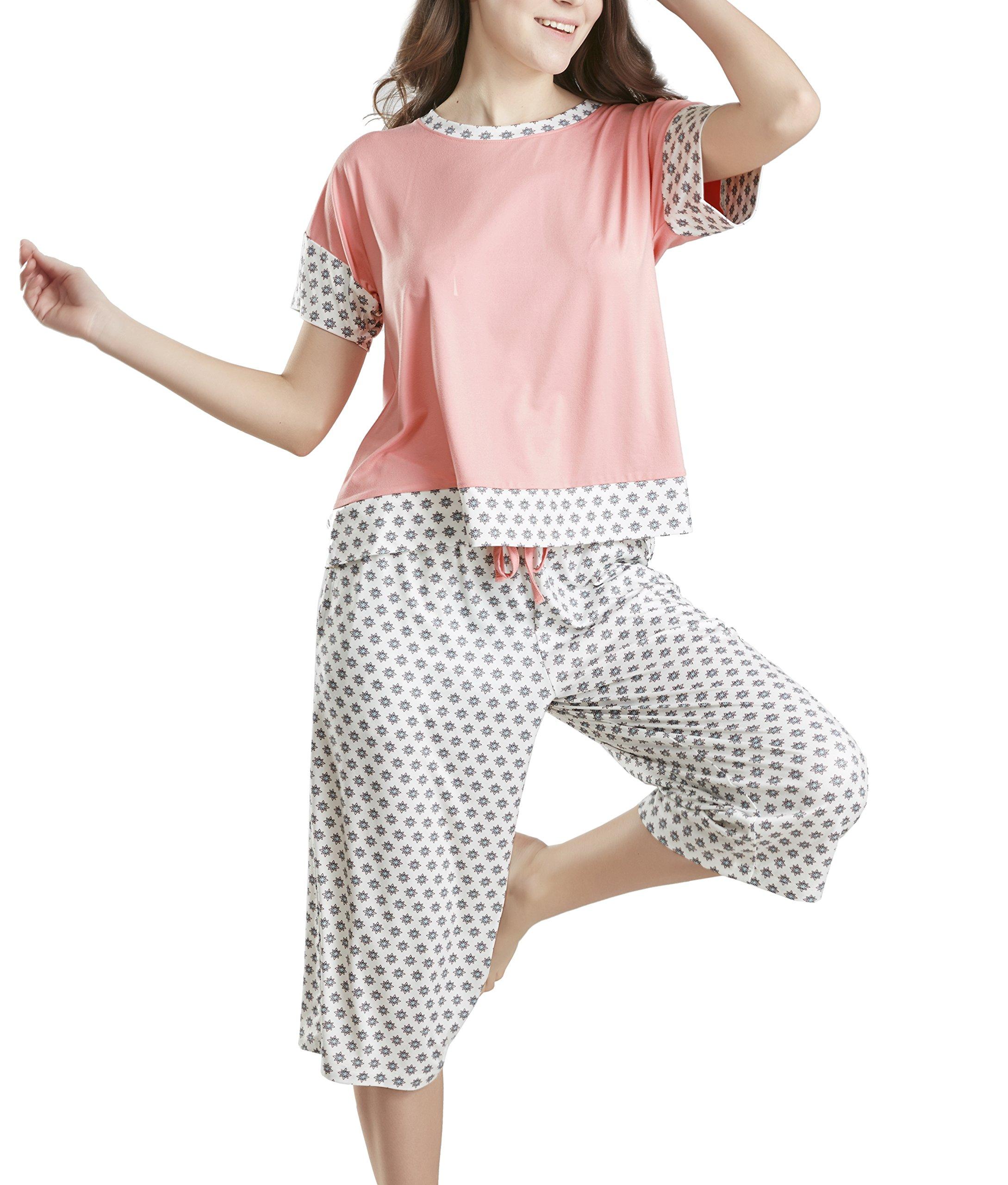 Summer Pajamas for Women, Stylish Print Ladies Pajama Set - Nightlight Oversized Shirt and Capri Lounge Pants X Large