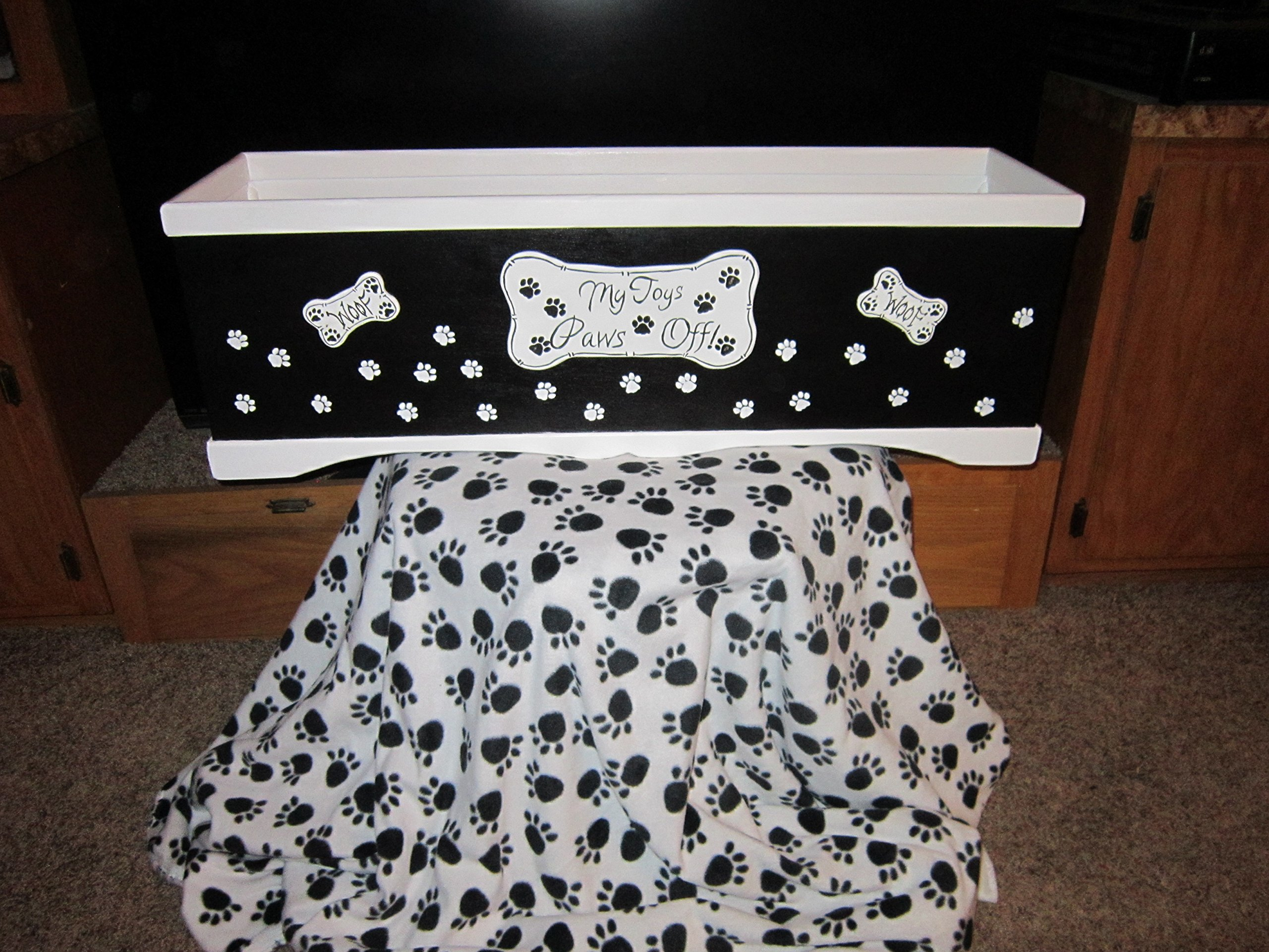 FREE SHIPPING!! Handmade and Hand Painted Wood Pet Toy Box.Personalize,Christmas,Toy Storage