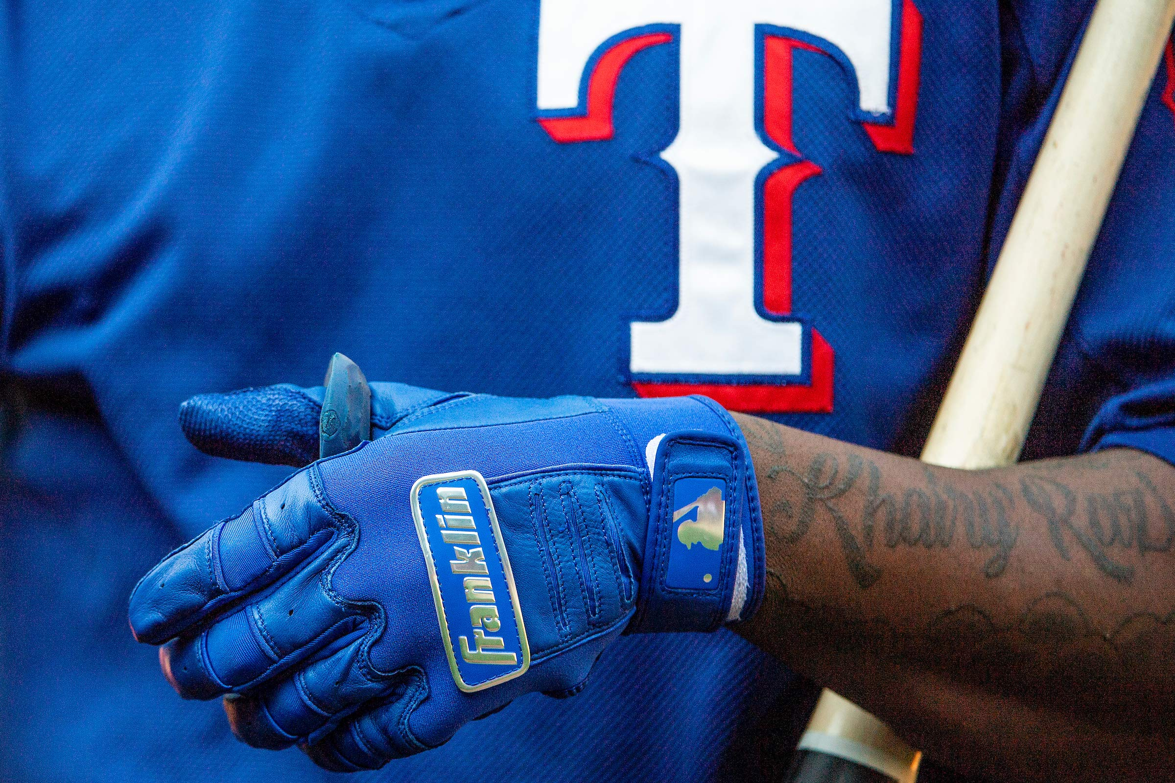 Franklin Sports CFX Pro Full Color Chrome Batting Gloves - Royal - Adult Small by Franklin Sports (Image #5)