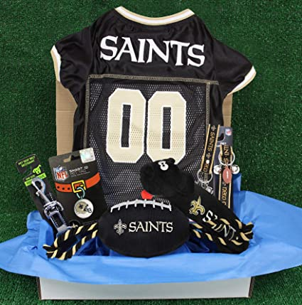 55fbbfeef Amazon.com   NFL New Orleans Saints PET GIFT BOX with 2 Licensed DOG ...