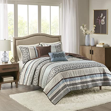 Amazon Com Madison Park Reversible Quilt Luxury Jacquard Design All Season Breathable Coverlet Bedspread Bedding Set Matching Shams Decorative Pillow King Cal King 104 X94 Princeton Blue 5 Piece Home Kitchen