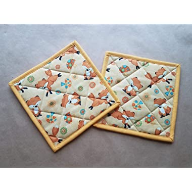 Fox Potholders Set of 2 Vintage Kitchen Linens Fox Home Decor Quilted Hot Pads Pair Insulated Trivets Woodland Kitchen Linens For Fox Sake Mushroom Retro Inspired Kitchen Linens Gifts Under 20