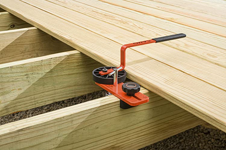 straightening deck boards