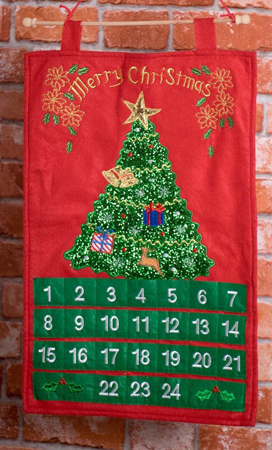 Christmas 24 Day Hanging Cloth Advent Calendar Traditional Holiday Christmas Decor Theme Red and Green Christmas Tree and Ornament Christmas Design Measures 22 Tall Perfect for Home or Office