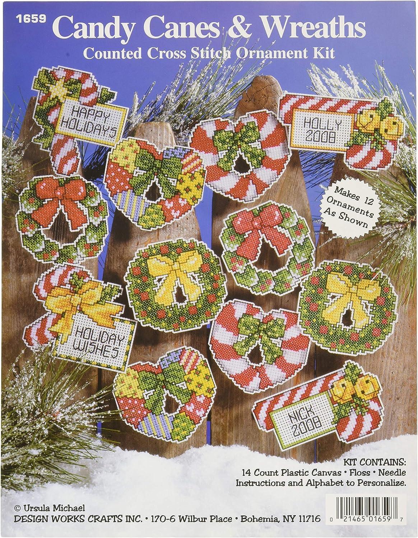 Design Works Crafts Christmas Cats Cross Stitch Ornament Kit 3-1//2 x 3-1//2