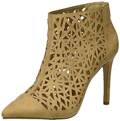 7197b9f887d Amazon.com  BCBGeneration Women s Hanie Fashion Boot  Shoes