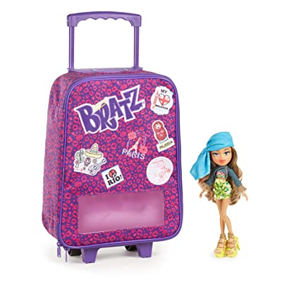 Bratz Study Abroad Case with Yasmin Doll: Toys & Games