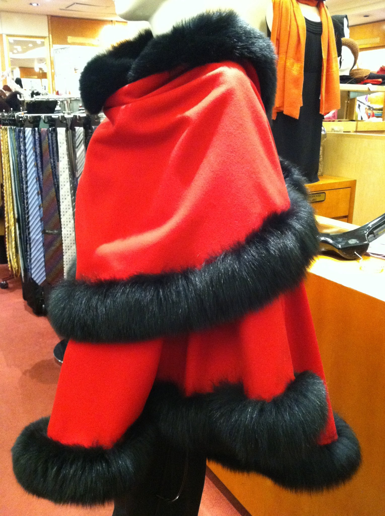 Cashmere Pashmina Group: Cashmere Cape with genuine Fox Fur Trim all around (Lipstick Red/ Black) by Cashmere Pashmina Group (Image #5)