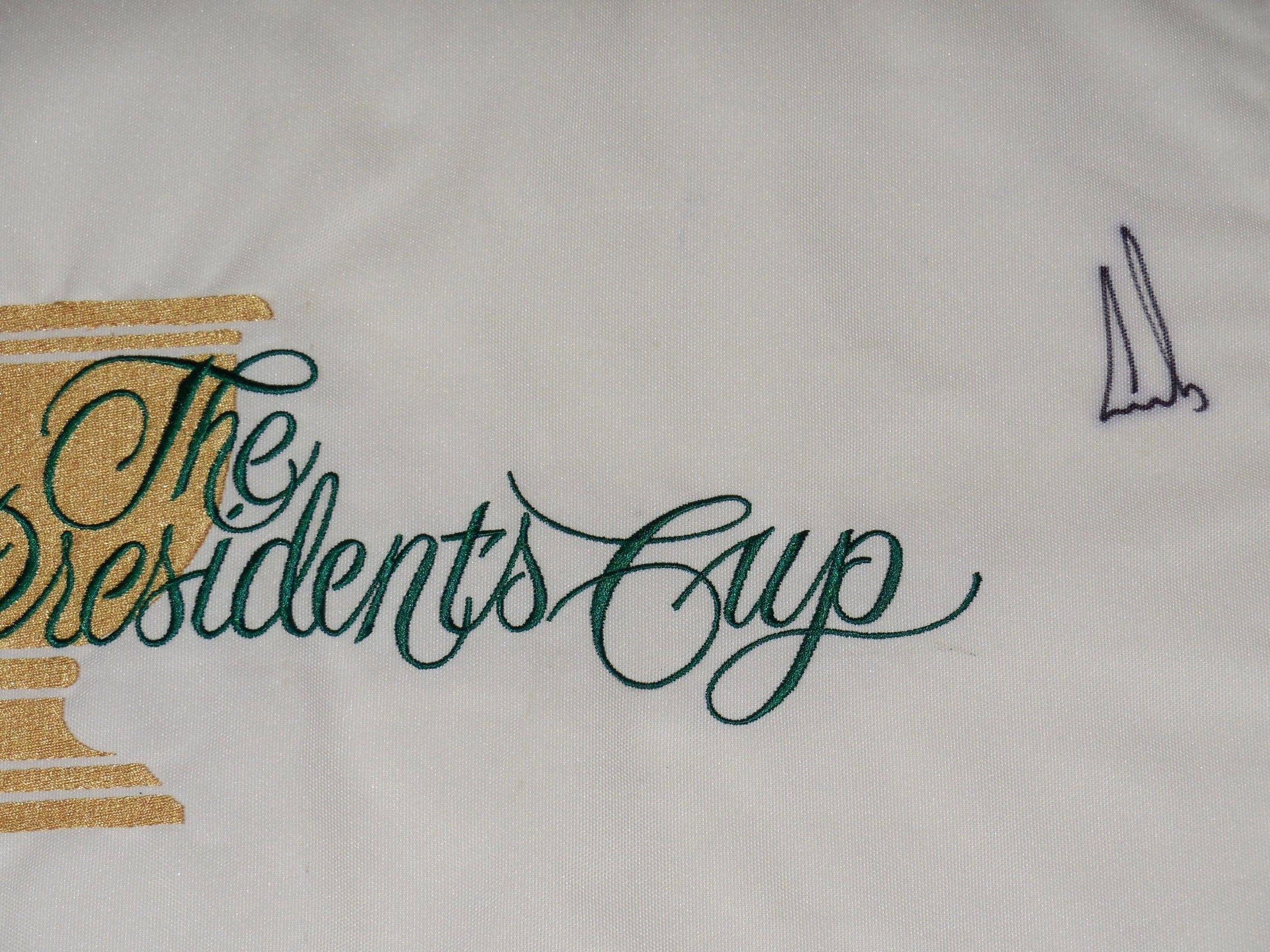 Ernie Els Autographed 2009 Presidents Cup Golf Flag