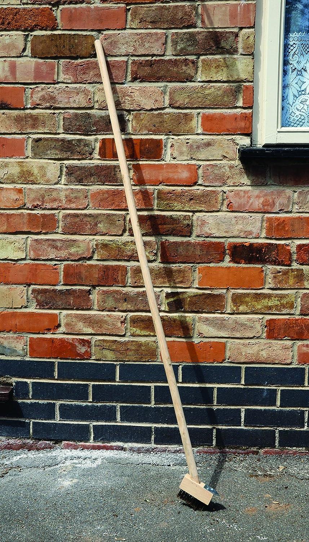Kingfisher 120cm Wooden Patio Brush