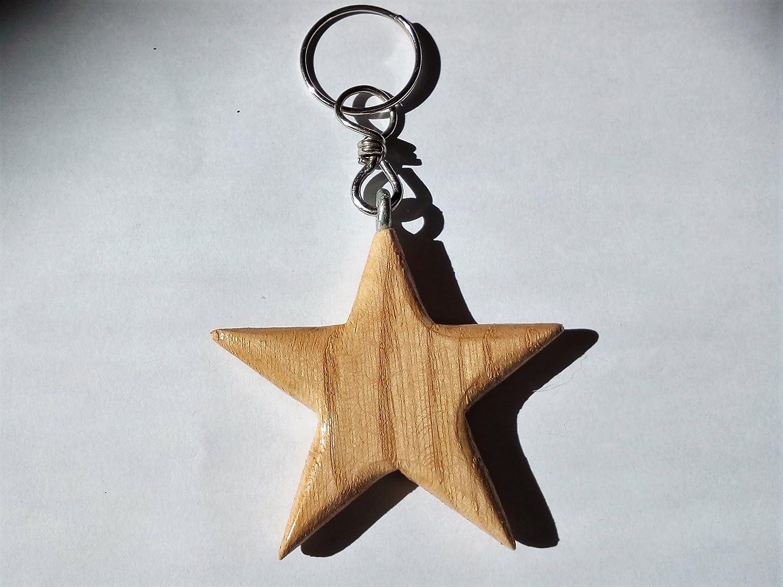 Llavero de madera completamente realizada a mano en forma de ...