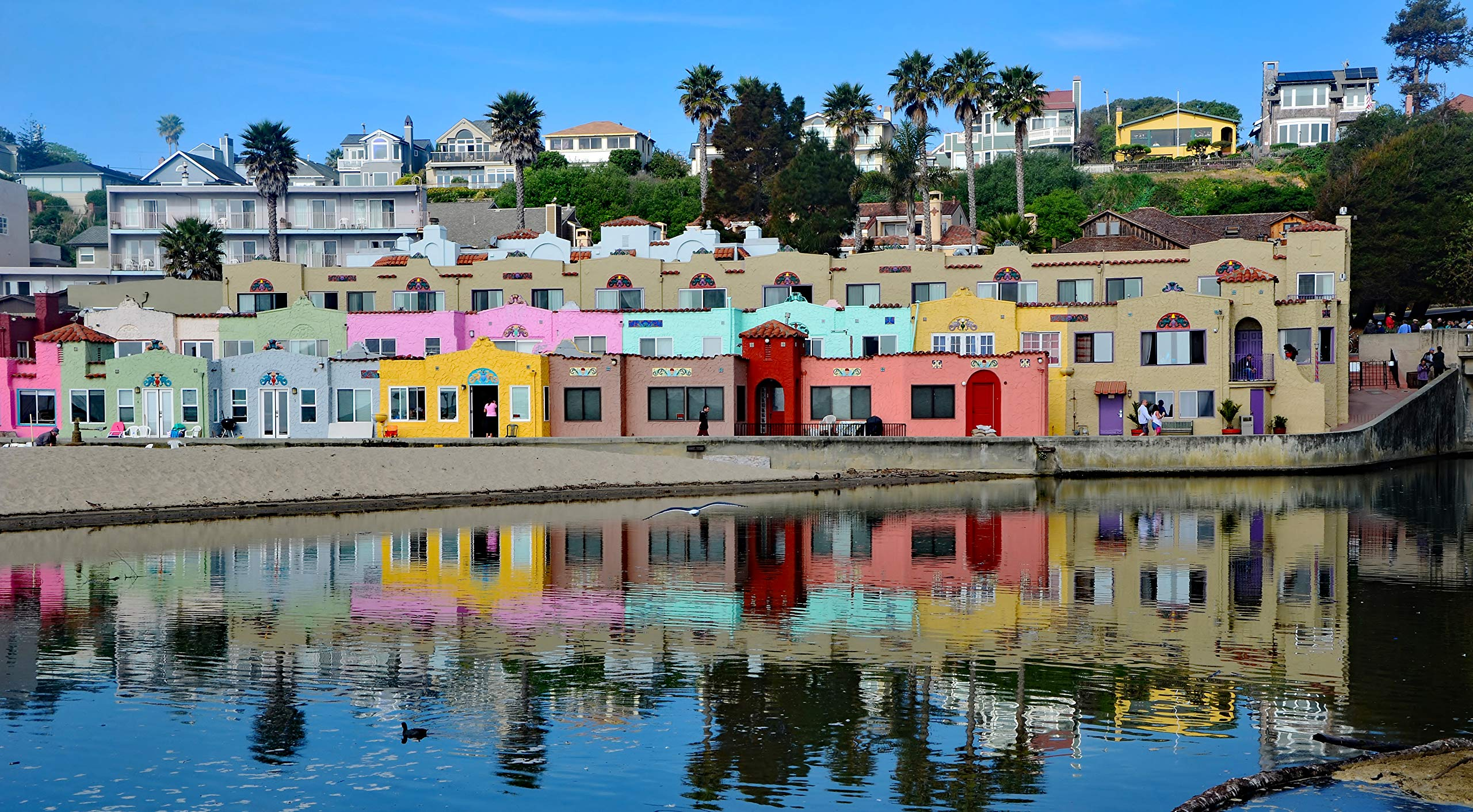 The Colorful Capitola Venetian Hotel - Panorama View