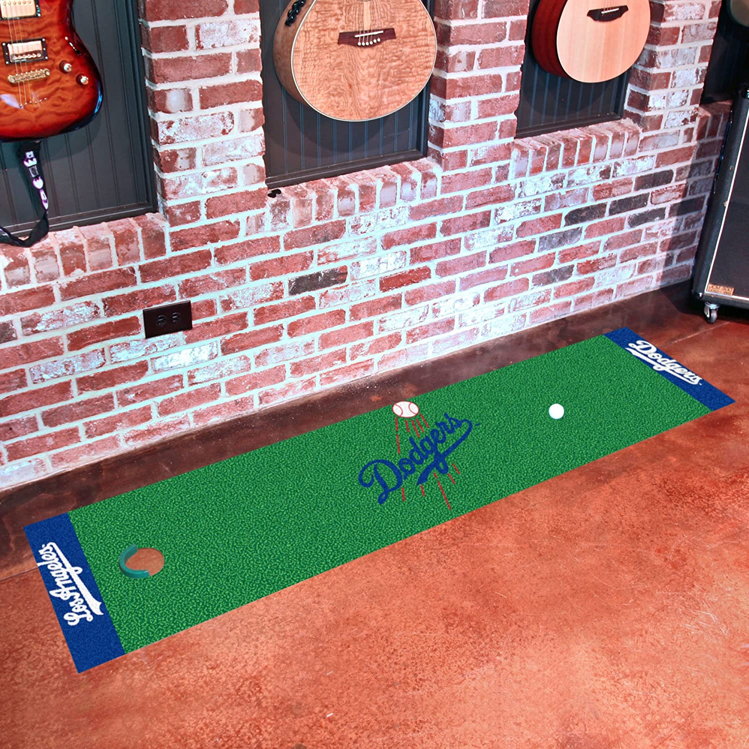 FANMATS MLB Los Angeles Dodgers Nylon Face Putting Green Mat