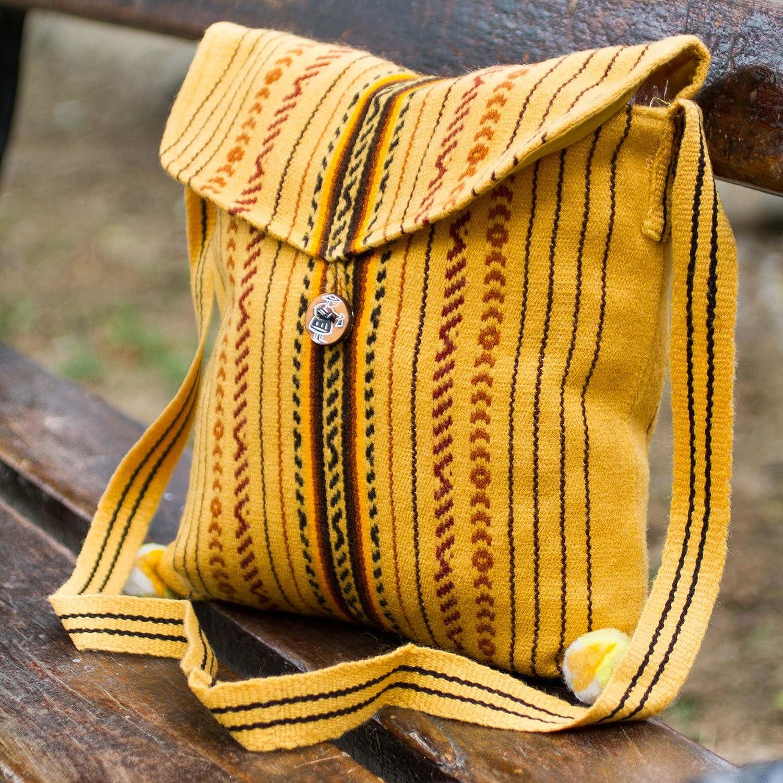 Amazon.com: NOVICA Amarillo hecho a mano Bolsa de hombro ...