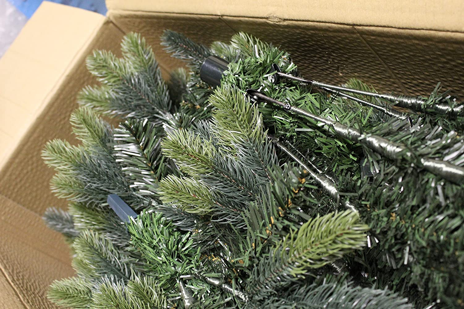 Best Artificial (TM) 6ft Luxury Hinged Christmas Tree Real Feel ...