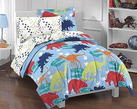 Amazon.com: Dream Factory Dinosaur Prints Boys Comforter Set ... : boys quilt set - Adamdwight.com