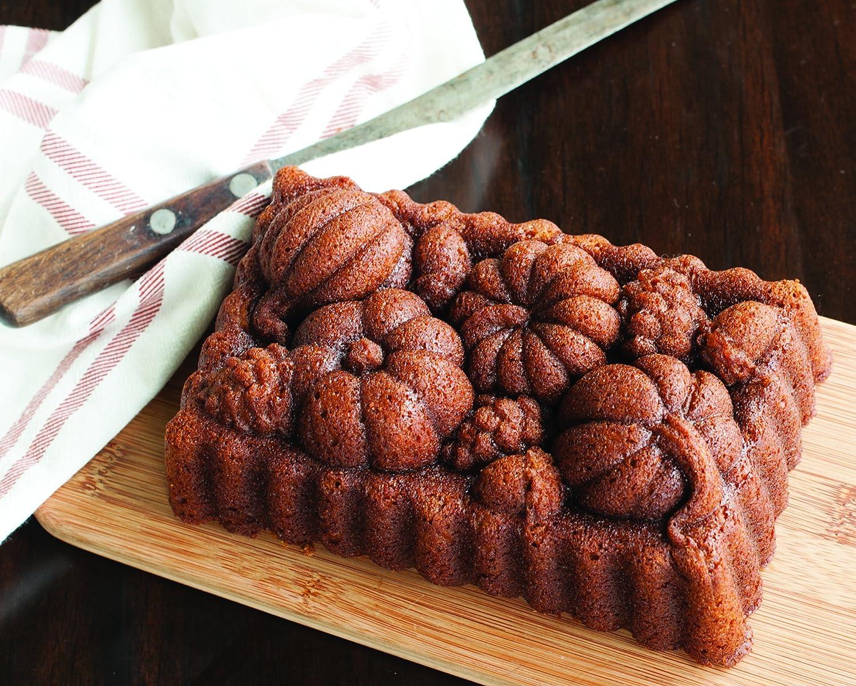 Nordic Ware Harvest Bounty Loaf 91648