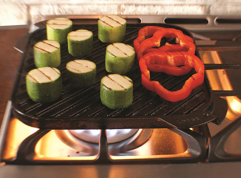Lodge LSRG3 Cast Iron Single-Burner Reversible Grill Griddle, 10.5-inch