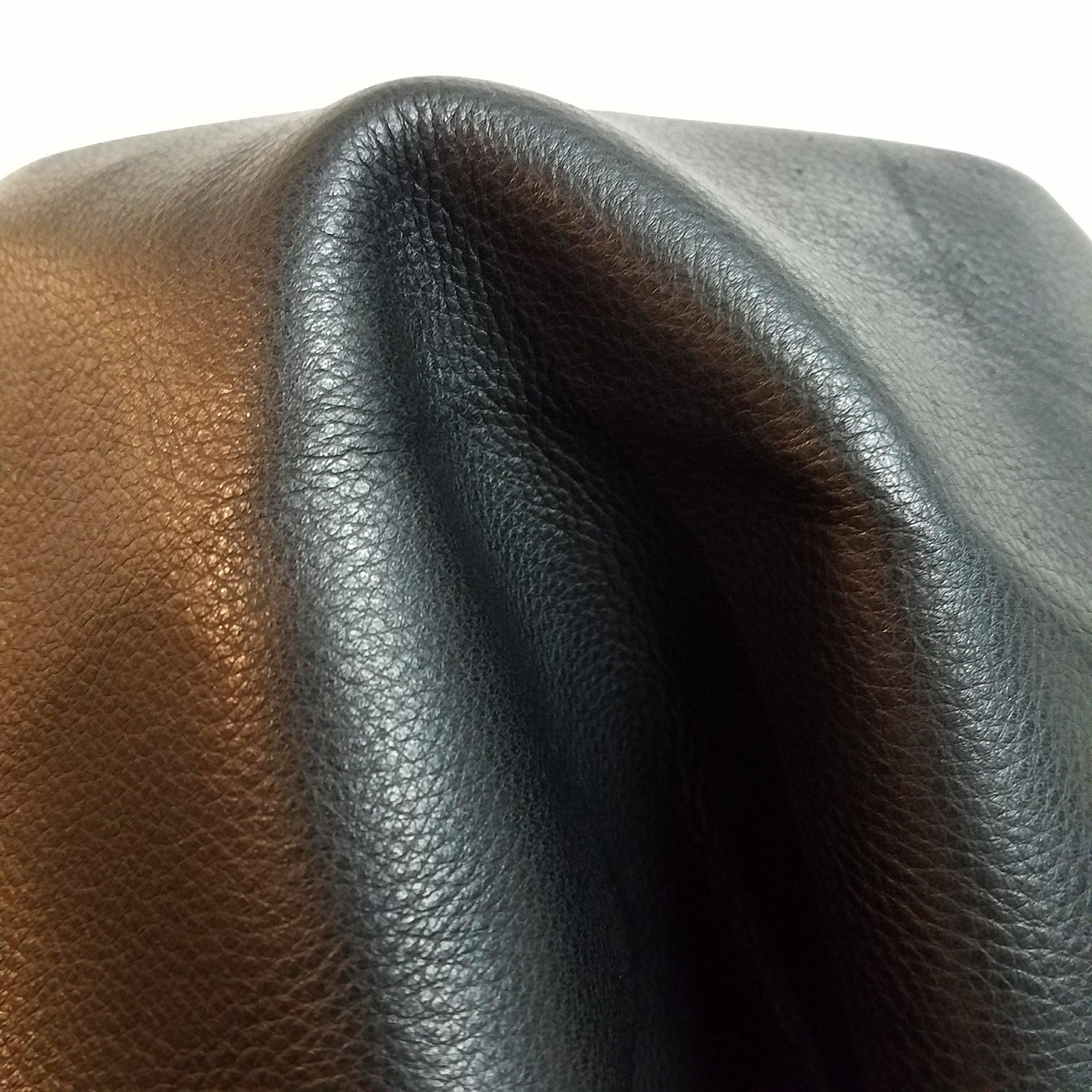 Black B Grade 18-22 sq.ft. Quality Aniline Soft Cowhide Hide Skin Genuine Leather Aniline Naked Natural Tumbled 2.5-3.0 Oz.
