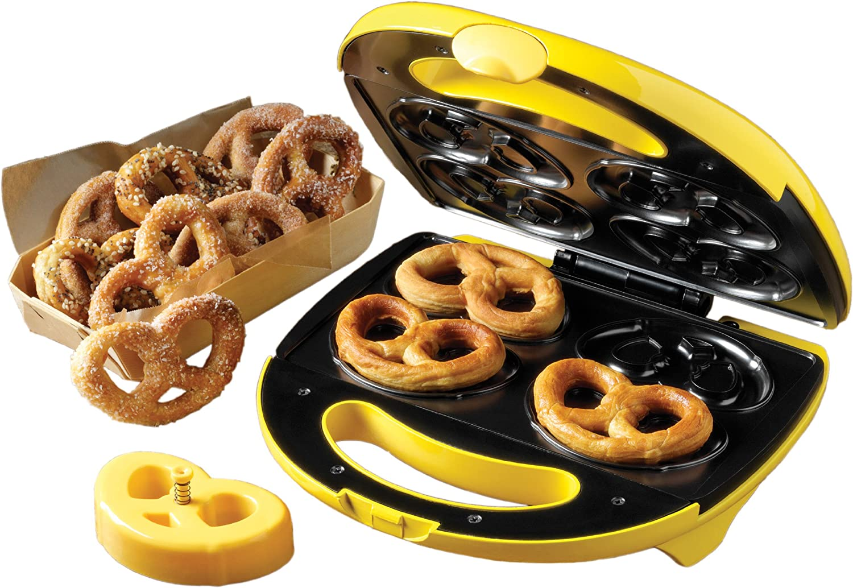 Amazon Com Nostalgia Electrics Spm400 4 Pretzel Soft Pretzel Maker Kitchen Small Appliances Kitchen Dining