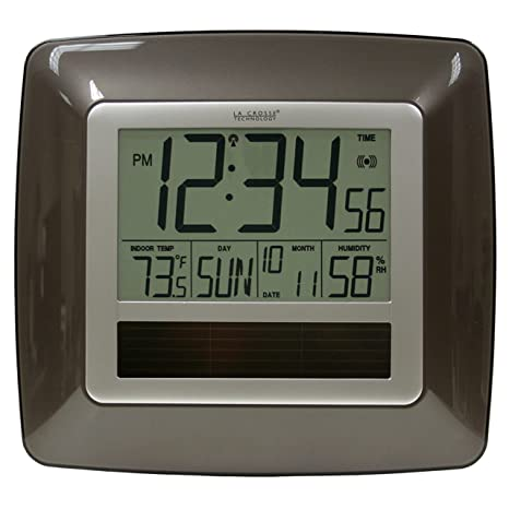 La Crosse Technology WT-8112U Solar At-mica reloj de pared digital con cubierta