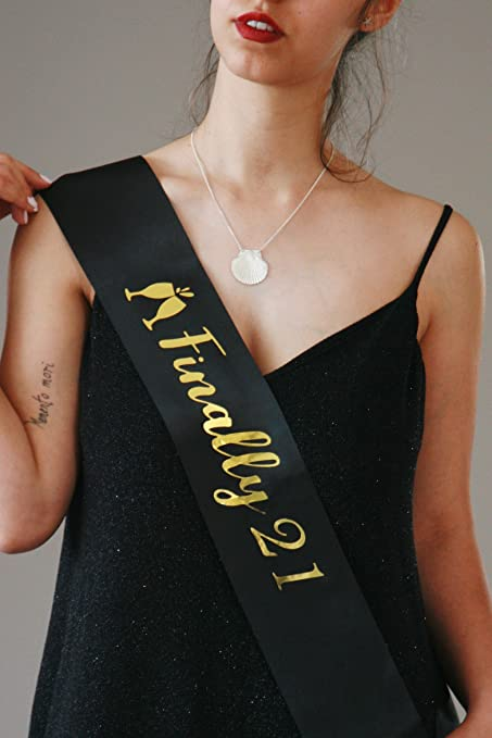 GlamParty 21st Birthday Sash for Women | 21 Birthday Sash for Women |  Finally 21 Sash | 21 Year Old Girl | 21st Birthday Gifts for Her | 21st  Birthday