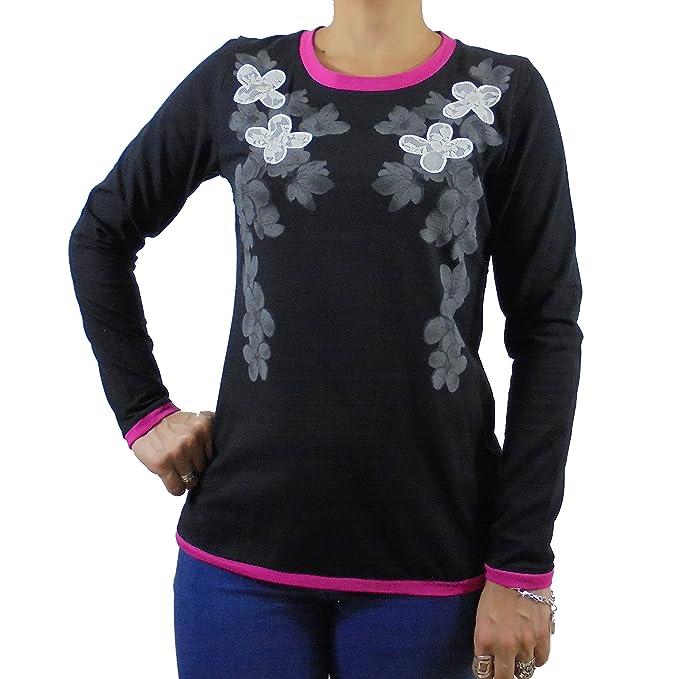 Camiseta mujer algodón manga larga color negro estampado flores y bordado blonda. t-shirt