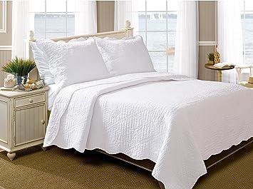 Amazon.com: Greenland Home 3 Piece La Jolla Quilt Set, King, White: Home U0026  Kitchen