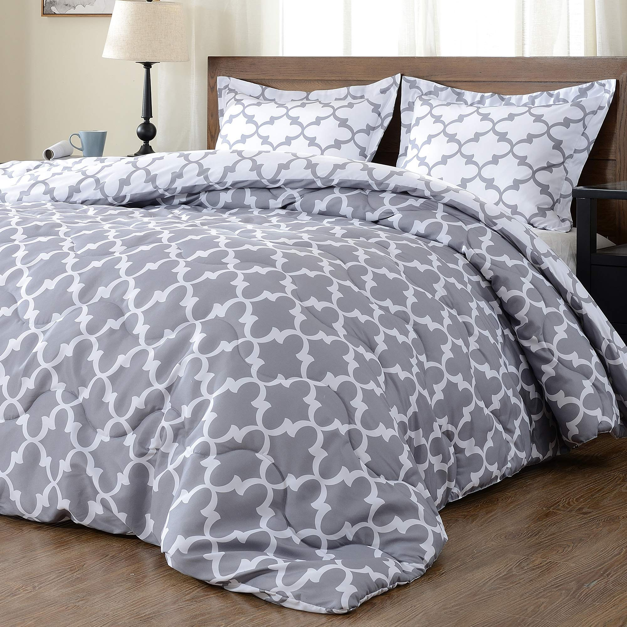 downluxe Lightweight Printed Comforter Set (King,Grey) with 2 Pillow Shams - 3-Piece Set - Down Alternative Reversible Comforter