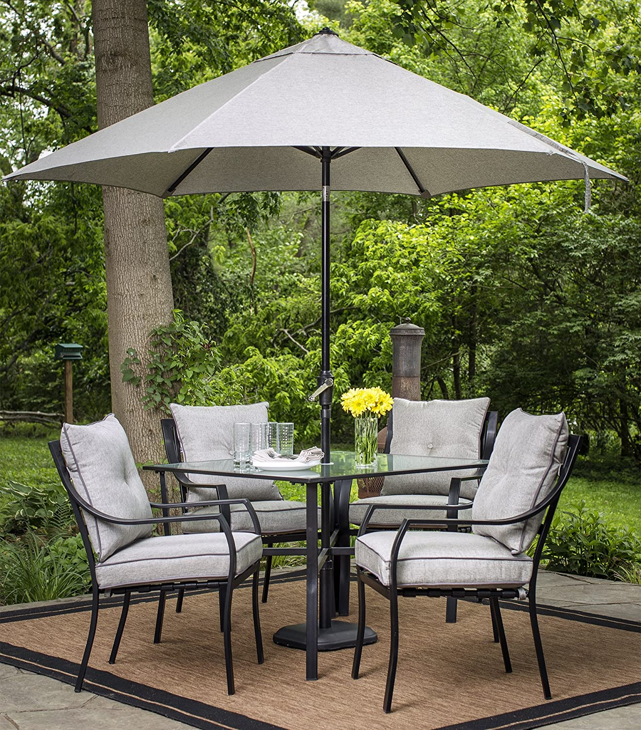 Amazon com hanover lavalletteumb table umbrella for the lavallette collection outdoor dining set garden outdoor