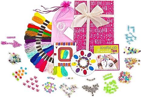 Kraftzlab - Kit de fabricación de pulseras de la amistad en una bonita caja, pulsera de la amistad, cuentas de alfabeto y más: Amazon.es: Juguetes y juegos