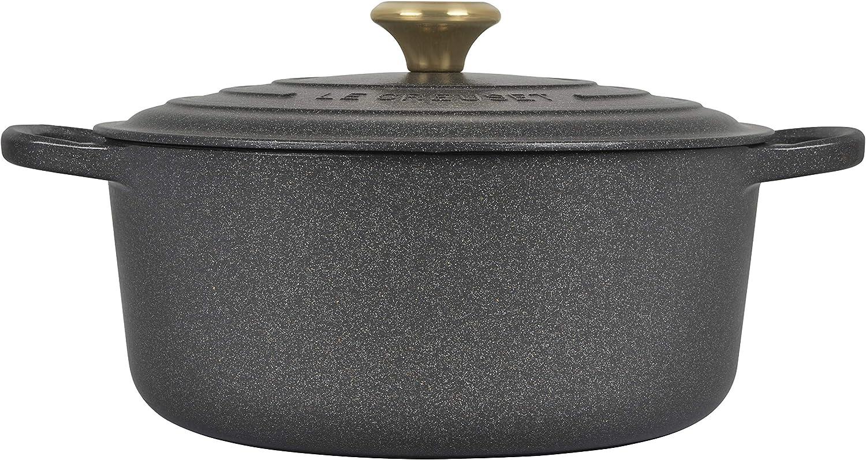 Le Creuset Signature Round Dutch Oven, 7.25 qt, Stone