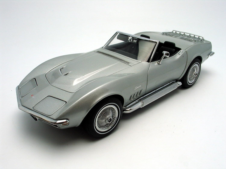 Amazon com: 1969 Chevrolet Corvette diecast model car 1:18