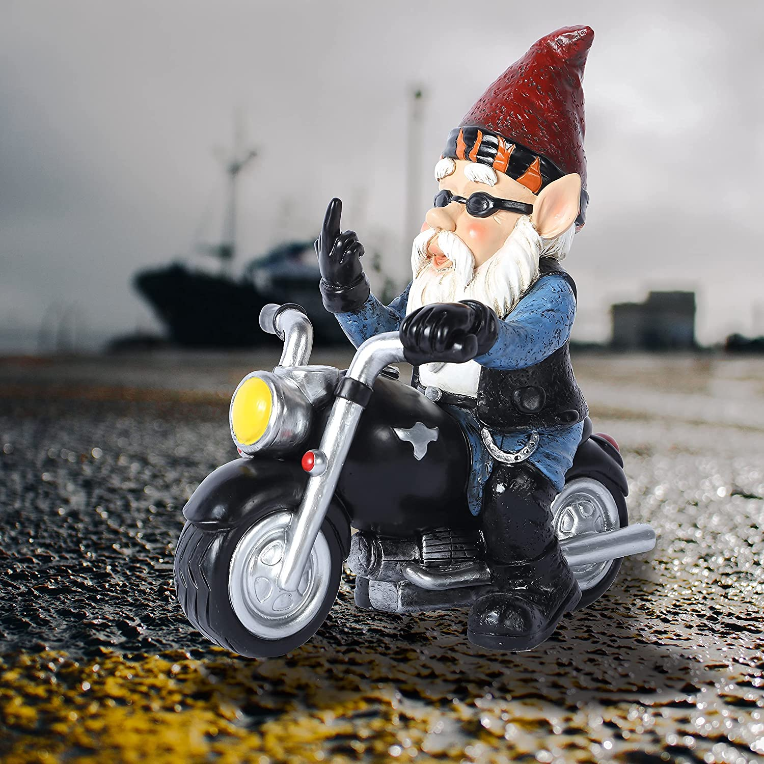 Funny Garden Gnome Riding Motorcycle Biker Statue 6 in Tall Outdoor Decor Fairy Lawn Yard Art Patio Decorations Full Color Polyresin Naughty Garden Figurines Xmas Tree Knomes Desktop Ornaments