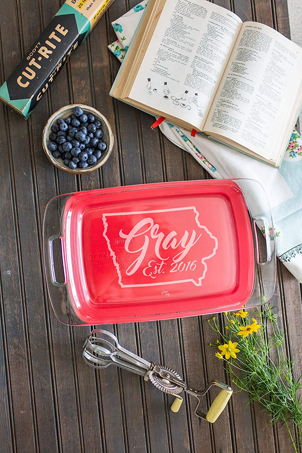 Personalized Engraved Glass Baking Dish with Lid 9x13 State Outline with Names and Date