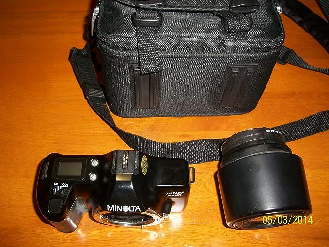 Minolta Maxxum 3000i Cámara de película con lente Sigma UC de alta ...