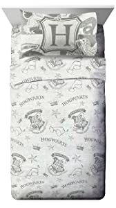Jay Franco Harry Potter Spellbound Full Sheet Set - 4 Piece Set Super Soft and Cozy Kid's Bedding Features - Fade Resistant Polyester Microfiber Sheets (Official Harry Potter Product)