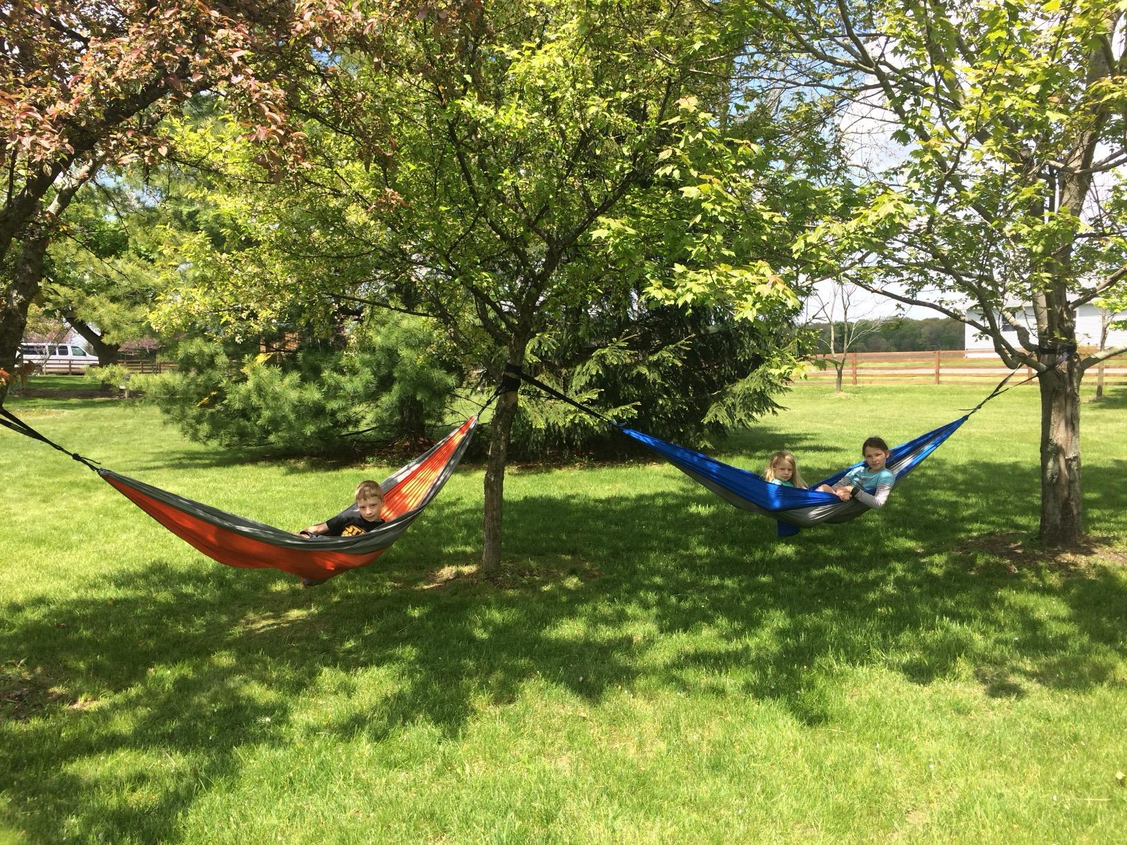 Great lightweight hammock with tree straps
