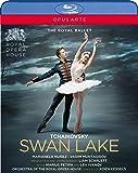 英国ロイヤル・バレエ《白鳥の湖》リアム・スカーレット版[Blu-ray Disc](日本語解説付き)