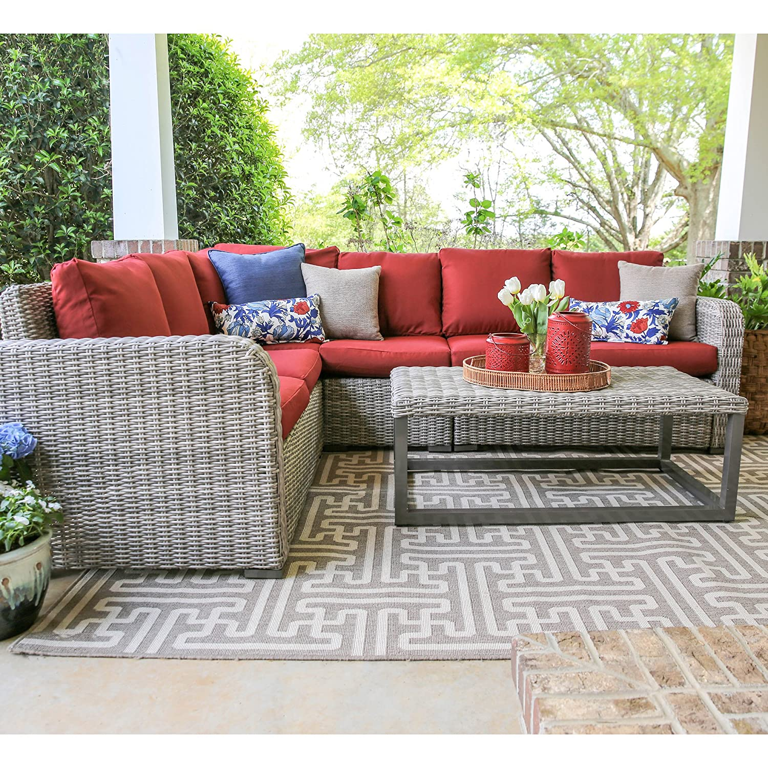 Leisure Made Forsyth 5 Piece Outdoor Sectional, Red Fabric