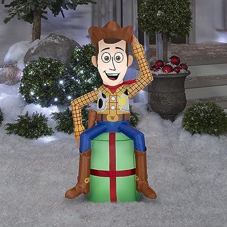 Amazon.com: Gemmy inflable de Navidad de Disney con diseño ...