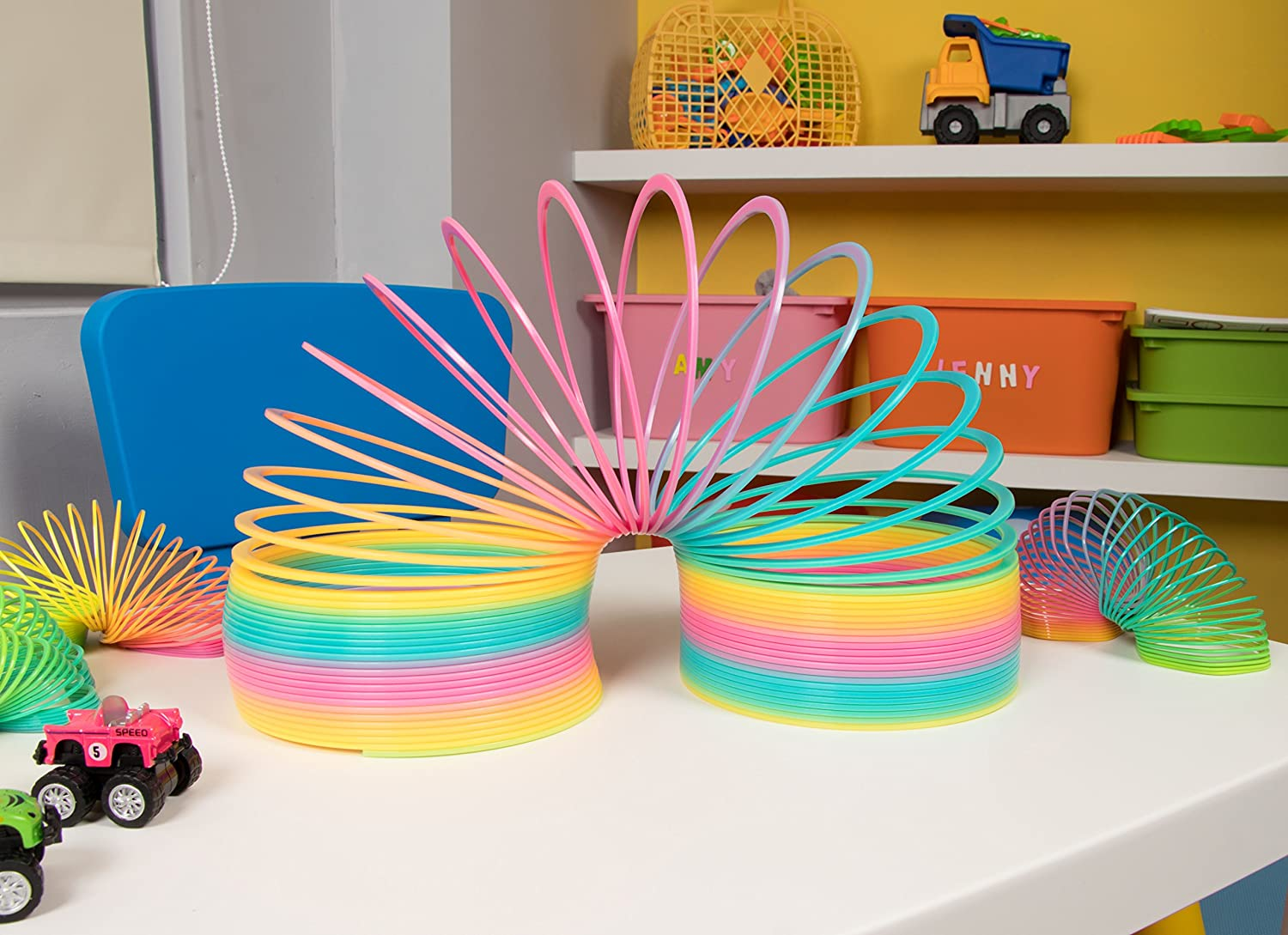 6.75 x 7 x 6.75 Inches Juvale Blue Panda Rainbow Spring Toy Novelty Toy Plastic Jumbo Coil Spring Kids Birthday Gift Favor