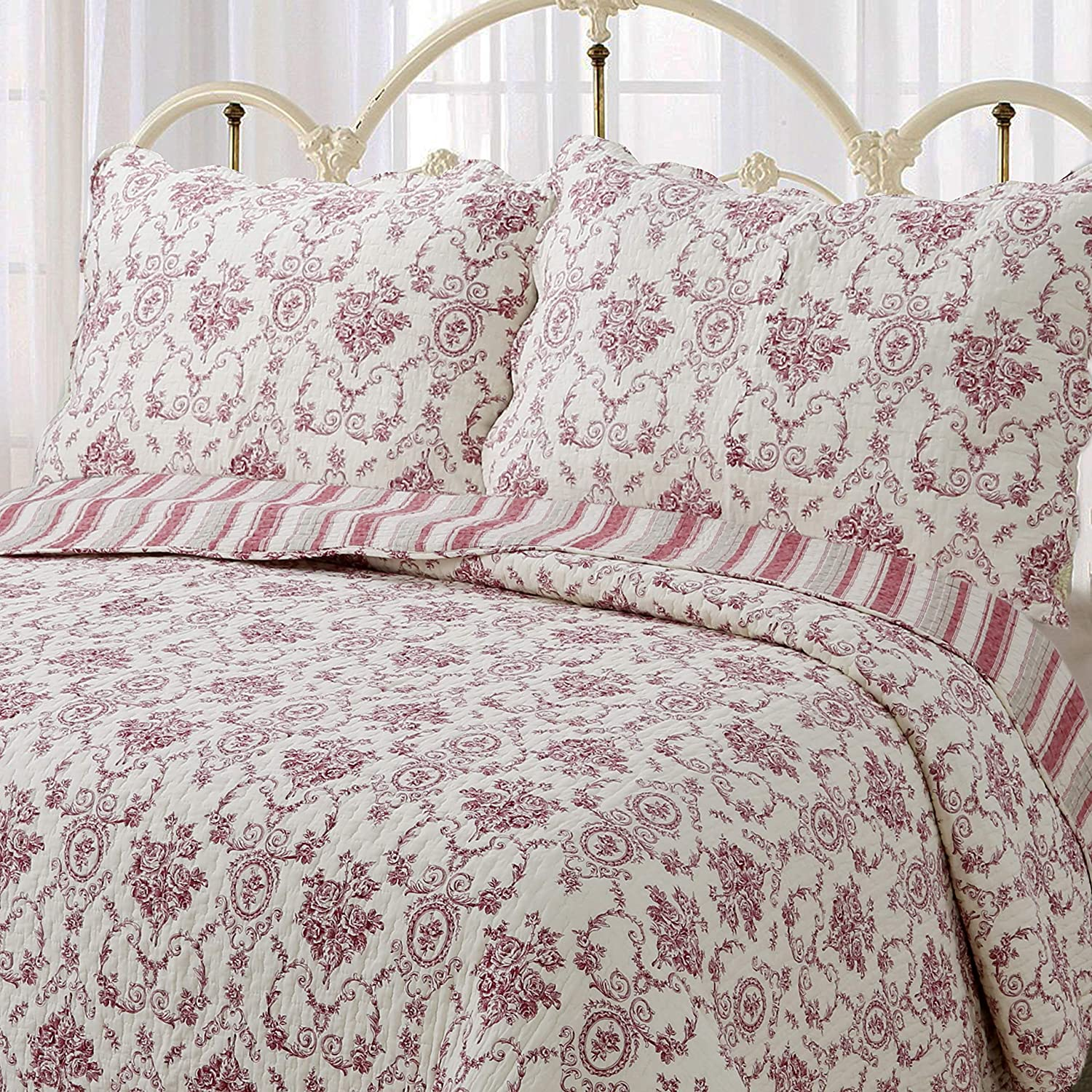 Cozy Line Home Fashions French Medallion Beige Burgundy Red Rose Flower Pattern Printed 100% Cotton Bedding Quilt Set Reversible Coverlet Bedspread for Women Men (Burgundy Red, King - 3 Piece