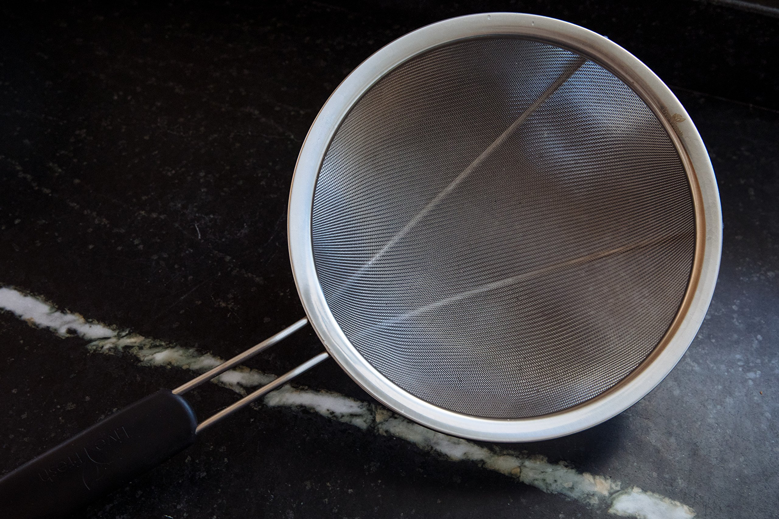 LiveFresh Large Stainless Steel Fine Mesh Strainer with Reinforced Frame and Sturdy Rubber Handle Grip - Designed for Chefs and Commercial Kitchens & Perfect for Your Home - 9 Inch / 23 cm Diameter by LiveFresh (Image #2)