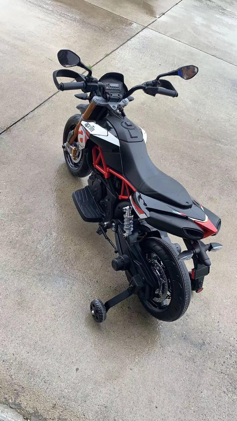 12V kids motorcycle bike W/ Training Wheels photo review